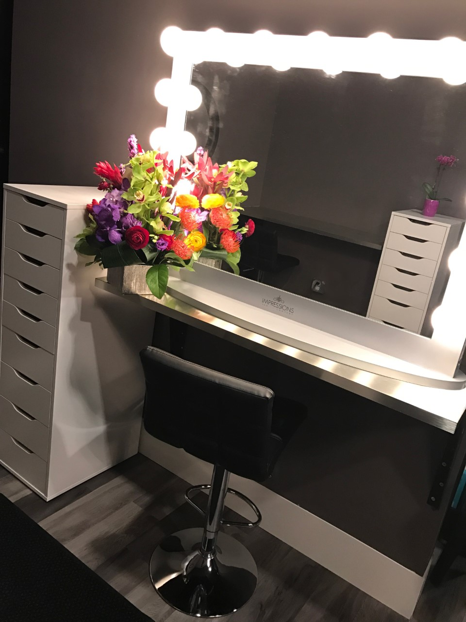 Salon Elite Spa Woodbury, Makeup Application, eyebrow waxing, body waxing, brazillian wax, bikini wax,  facials,  image skincare, eyelash extensions, eyelash lifting perming
